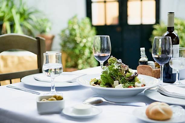 A meal in a restaurant:スマホ壁紙(壁紙.com)