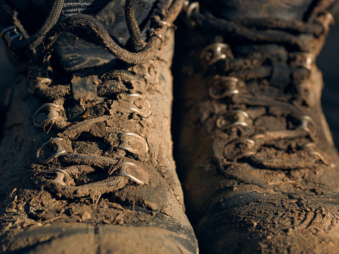Lace - Fastener「drying muddy outdoor hiking boots」:スマホ壁紙(7)