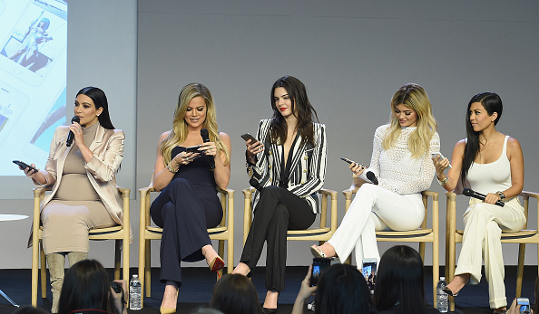 Kim Kardashian「Apple Store Soho Presents Meet The Developers: Kim Kardashian, Kourtney Kardashian, Khloe Kardashian, Kendall Jenner & Kylie Jenner」:写真・画像(10)[壁紙.com]