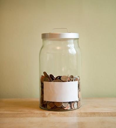 投資「Coins in blank labeled jar」:スマホ壁紙(19)