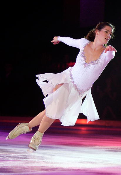 Nancy Kerrigan「Frosted Pink Presented By sanofi-aventis and Wachovia - Show」:写真・画像(19)[壁紙.com]