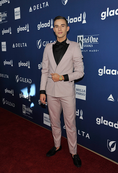 Adam Rippon「Ketel One Family-Made Vodka, a longstanding ally of the LGBTQ community, stands as a proud partner of GLAAD for the 29th Annual GLAAD Media Awards Los Angeles」:写真・画像(15)[壁紙.com]