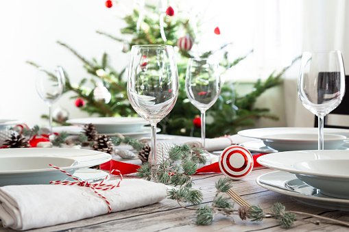 Place Setting「Laid table with Christmas decoration」:スマホ壁紙(12)