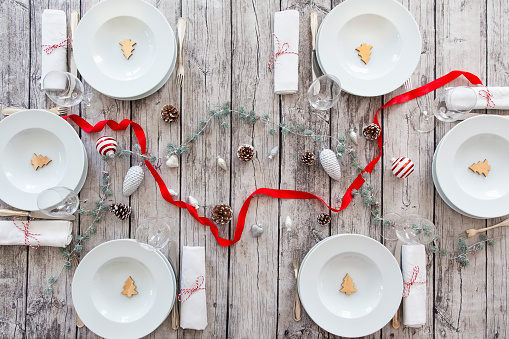 Place Setting「Laid table with Christmas decoration」:スマホ壁紙(18)