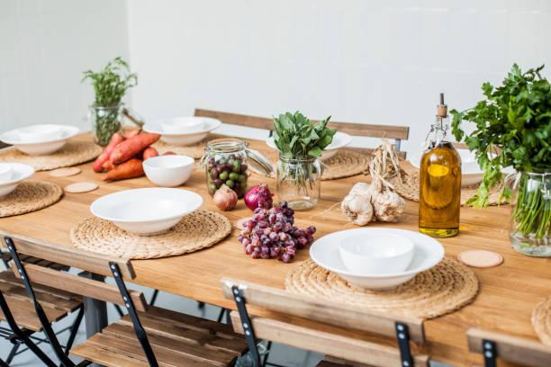 Laid table, mediterranean:スマホ壁紙(壁紙.com)
