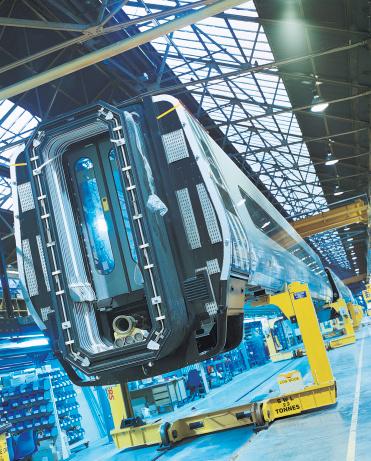 鉄道・列車「Train Carriage on Assembly Line in Factory」:スマホ壁紙(10)