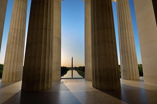 US President「Sunrise Washington Monument Viewed from Lincoln Memorial in Washington DC, USA」:スマホ壁紙(6)