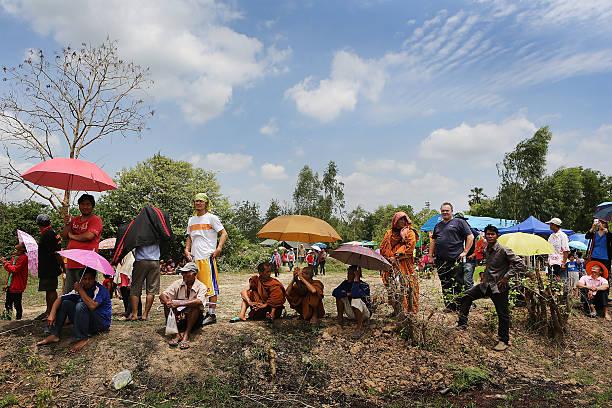 Revelers Gather For The Annual Bun Bang Fai Rocket Festival:ニュース(壁紙.com)