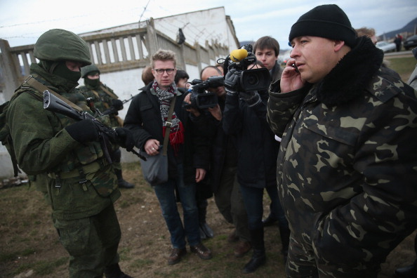 Russian Military「Concerns Grow In Ukraine Over Pro Russian Demonstrations In The Crimea Region」:写真・画像(3)[壁紙.com]