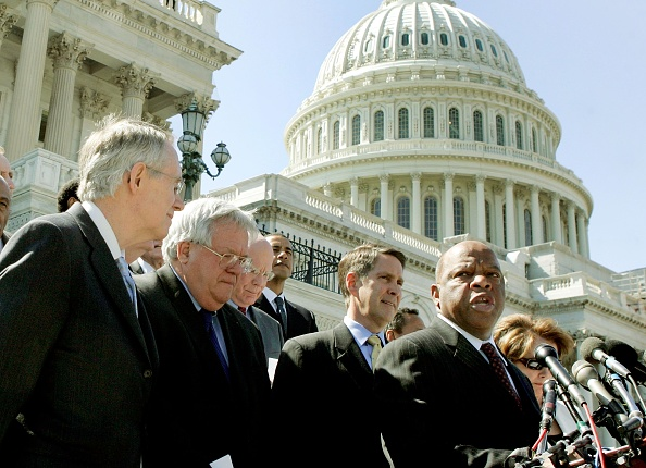 Meeting「Members Of Congress Support Renewal Of Voting Rights Act」:写真・画像(3)[壁紙.com]