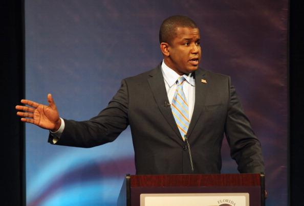 Florida - US State「Meek, Crist And Rubio Spar In Debate」:写真・画像(4)[壁紙.com]