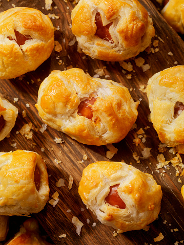 Hot Dog「Puff Pastry Wrapped Sausages」:スマホ壁紙(14)