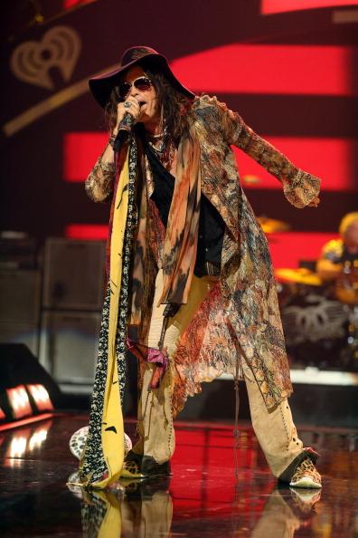 MGM Grand Garden Arena「2012 iHeartRadio Music Festival - Day 2 - Show」:写真・画像(14)[壁紙.com]