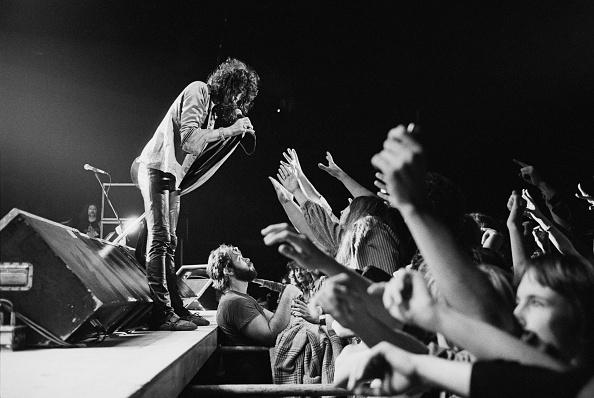 Aerosmith「Aerosmith On Stage」:写真・画像(13)[壁紙.com]
