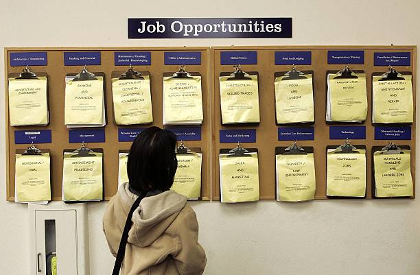 U.S. Jobless Claims Fall To Near Six-Year Low:ニュース(壁紙.com)
