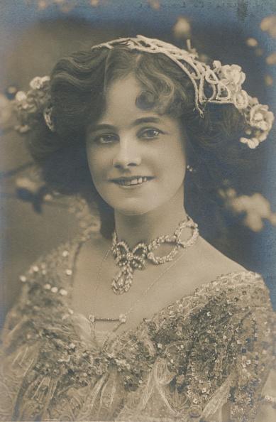 Edwardian Style「Miss Gertie Millar」:写真・画像(10)[壁紙.com]