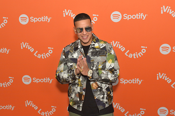 Arrival「Spotify Kicks Off ¡Viva Latino! Live Concert Series in Chicago with Daddy Yankee, Bad Bunny, Becky G, Jowell & Randy and Natti Natash」:写真・画像(18)[壁紙.com]