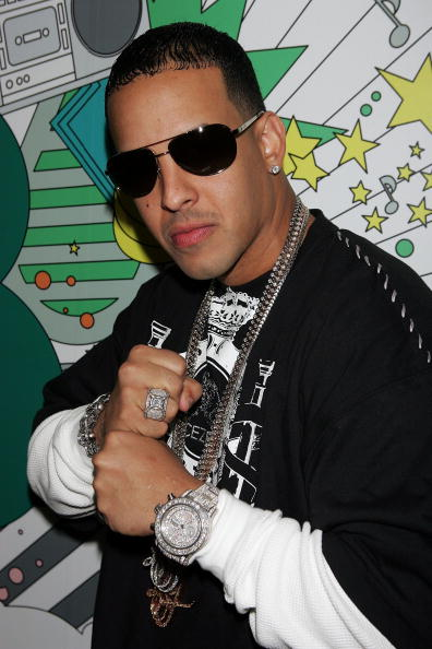 エンタメ総合「MTV TRL With Daddy Yankee And Lil Wayne」:写真・画像(3)[壁紙.com]