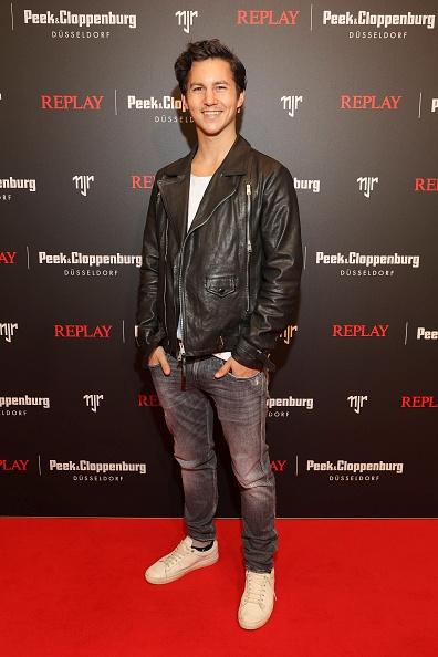 Neymar da Silva「Capsule Collection Neymar Jr. X Replay At Weltstadthaus Duesseldorf」:写真・画像(17)[壁紙.com]