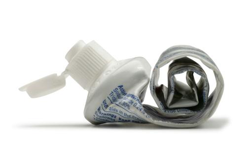 Toothpaste「Used Toothpaste Tube」:スマホ壁紙(8)
