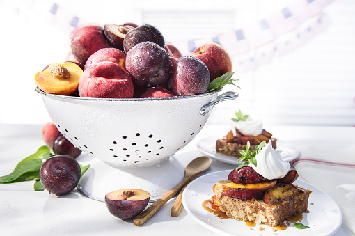 Picnic「Bowl of fresh fruit in colander with dessert cake」:スマホ壁紙(13)