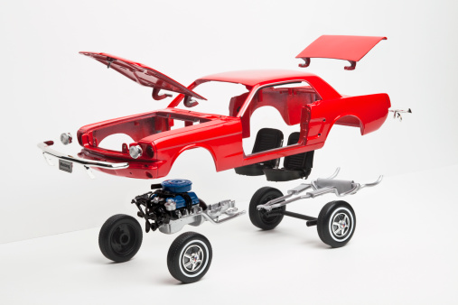 Tire - Vehicle Part「A model car taking a part, some pieces in mid-air」:スマホ壁紙(6)