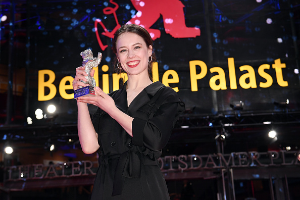 Berlin International Film Festival「Closing Ceremony - 70th Berlinale International Film Festival」:写真・画像(2)[壁紙.com]