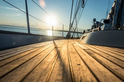 Sailboat「Teak deck of 62 ft sailboat」:スマホ壁紙(19)