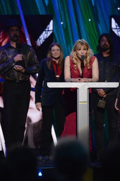 Courtney Love「29th Annual Rock And Roll Hall Of Fame Induction Ceremony - Show」:写真・画像(15)[壁紙.com]