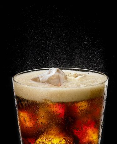 Coke「Fizzy glass of cola」:スマホ壁紙(10)