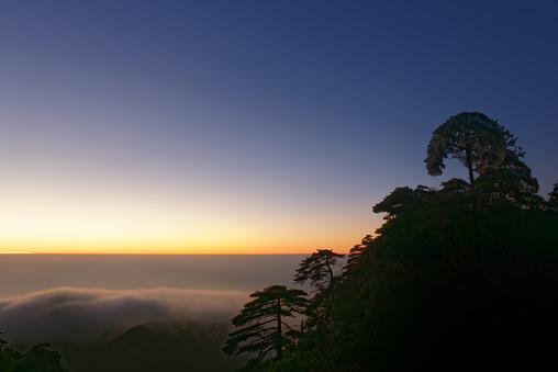 朝顔「日の出の風景、中国・江西省」:スマホ壁紙(13)