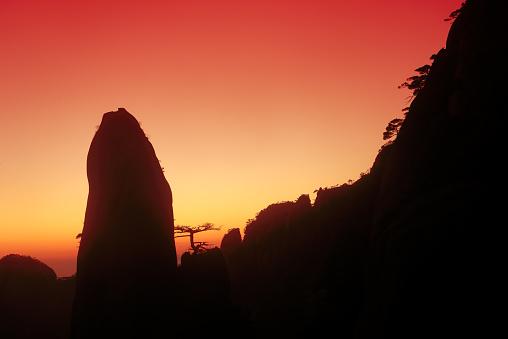 朝顔「日の出の風景、中国・江西省」:スマホ壁紙(8)