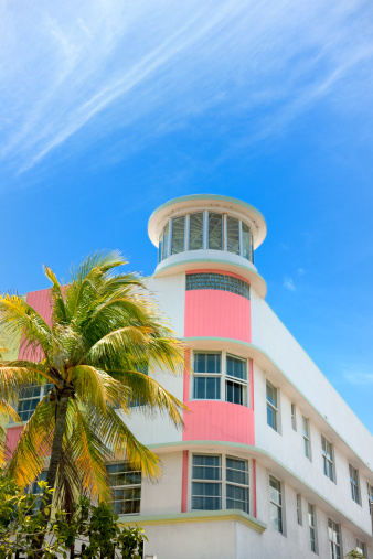 Miami Beach「アールデコ様式のホテルの正面玄関にマイアミフロリダ州(米国)」:スマホ壁紙(3)