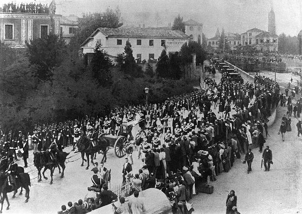 1900-1909「FUNERAL OF UMBERTO I」:写真・画像(6)[壁紙.com]