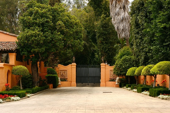 Gate「Historic Hearst Mansion Put On Market For $165 Million」:写真・画像(17)[壁紙.com]