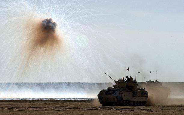 U.S. Troops Train In Kuwait:ニュース(壁紙.com)