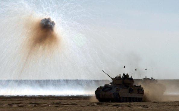 Infantry「U.S. Troops Train In Kuwait」:写真・画像(5)[壁紙.com]