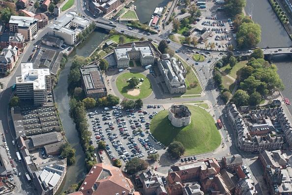 Physical Geography「York Castle」:写真・画像(18)[壁紙.com]