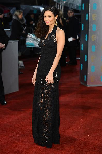 Halter Top「EE British Academy Film Awards - Red Carpet Arrivals」:写真・画像(12)[壁紙.com]