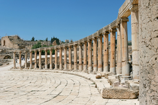 The Oval Piazza「Oval forum, Jerash, archeological site」:スマホ壁紙(14)