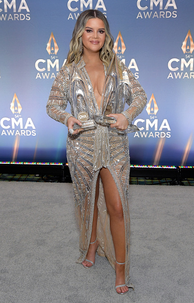 Silver Colored「The 54th Annual CMA Awards - Winners Stop」:写真・画像(16)[壁紙.com]
