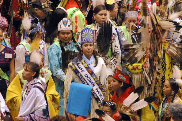 Phillippe Diederich「Gathering Of Nations Powow Held In Albuquerque」:写真・画像(5)[壁紙.com]