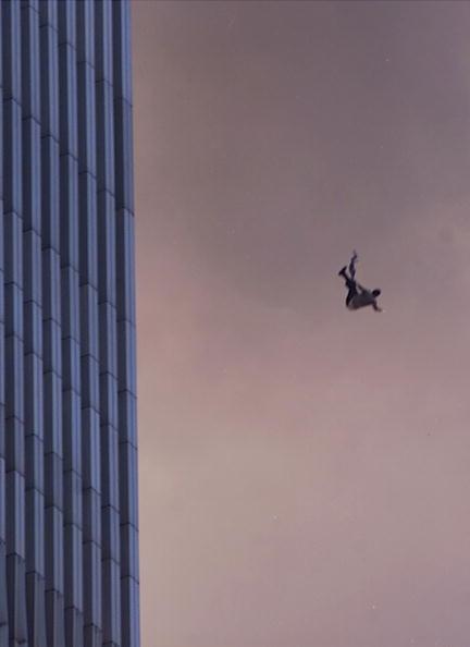International Landmark「World Trade Center Hit by Two Planes」:写真・画像(10)[壁紙.com]