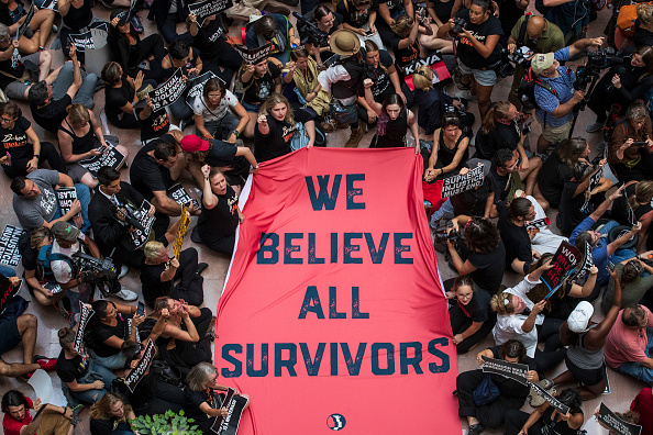 Protest「Activists Rally Against Brett Kavanaugh Nomination In Washington DC」:写真・画像(0)[壁紙.com]