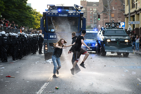 Leon Neal「Protesters March During The G20 Summit」:写真・画像(4)[壁紙.com]