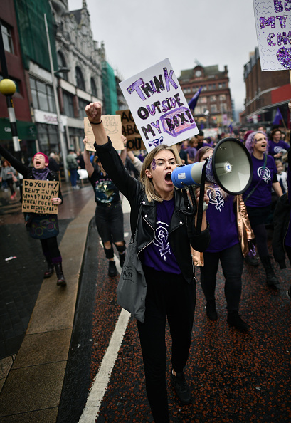 トップランキング「Rally For Choice Protest March Takes Place In Belfast」:写真・画像(2)[壁紙.com]