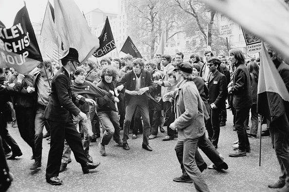 Rebellion「Anti-Vietnam War Demonstration」:写真・画像(6)[壁紙.com]