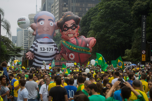 サンパウロ「Anti-Corruption Protestors Rally Against Former President Lula And Dilma Rousseff」:写真・画像(16)[壁紙.com]