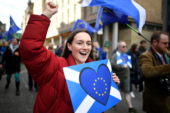 Scotland「Anti-Brexteers March In Edinburgh」:写真・画像(5)[壁紙.com]