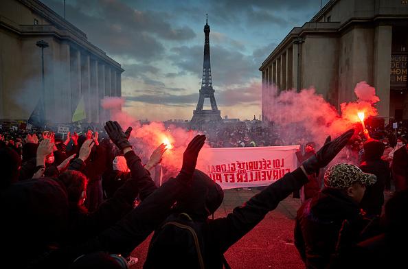 France「Paris Protests French Global Security Law」:写真・画像(15)[壁紙.com]